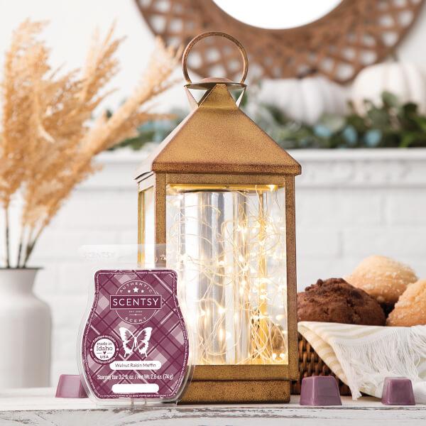 Glimmer & Glow, Walnut Raisin Muffin